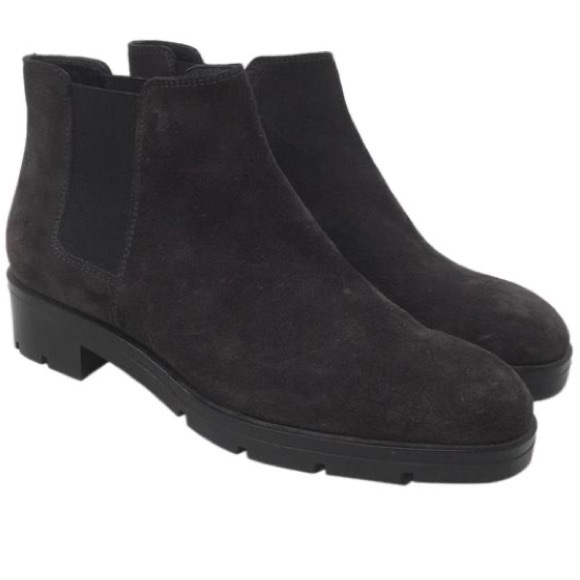 Tod's Chelsea Boots Ankle Booties Grey Suede 6.5